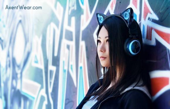 ピンと立った耳はなんと、スピーカー! 猫耳型ヘッドフォンが本格発売に向けて動き出したらしいぞぉ!!