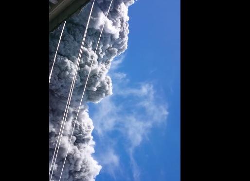 【火山速報】午前11時53分に御嶽山(長野・岐阜)が噴火! 登山者が撮影した噴火直後の生々しい動画