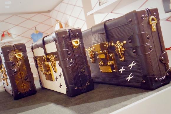 【一足お先にレポート!】ルイ・ヴィトン史上最大サイズのトランクの展示も! ヴィトンの過去と未来を繋ぐ融合空間「SERIES 1」が8日より期間限定オープン