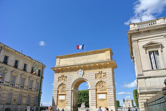 【フランス旅】パリじゃないのに、凱旋門み〜つけた!南仏の都市「モンペリエ」