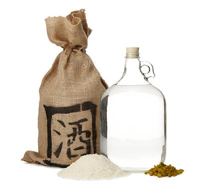 【気になる】果たして美味しいのか!? 海外で発売されている「日本酒-サケ-」を作るキット