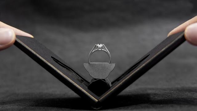 【ステキ】もらってみた~い! サプライズにぴったりな「秀逸アイデア&オシャレデザイン」指輪ボックスをご紹介