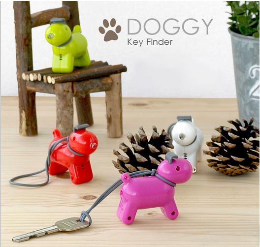 【ペットにしたい! 】手を叩けば「ワンワン♪」鳴き声で鍵の場所を知らせてくれる犬型キーホルダー