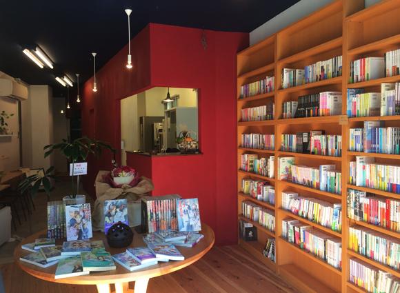 不思議・あやかし・異能系専門の古書カフェ「狐白堂」が根津にオープン! Twitterで話題なのに情報がなさすぎるので取材に行ってきた!!