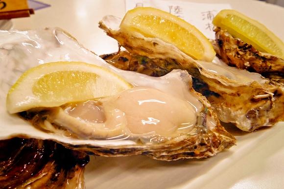 東京で牡蠣といえば絶対に外せない店/築地仲卸「築地三代」直営の牡蠣専門店「地下の粋」