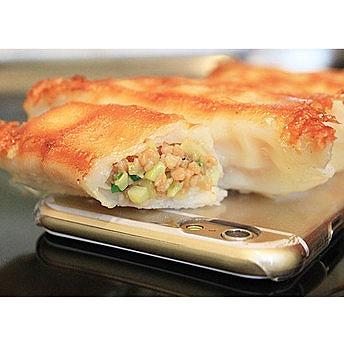なにこのクオリティー!? 「宇都宮餃子」のiPhoneケース&スマホスタンドは思わず食べたくなるレベルの再現度です!