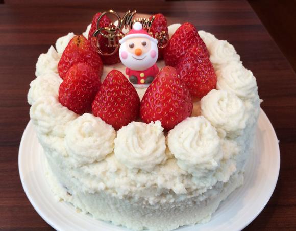 """【ケーキやきとり実食レポ】信じられるかい…これ """"やきとり"""" なんだぜ / クリスマスケーキにしか見えない「ケーキやきとり」を実際に食べてみた!"""
