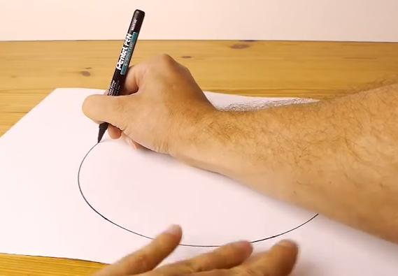 【やってみて】コンパスを使わずにキレイな円を描けちゃうスゴ技だよ!!