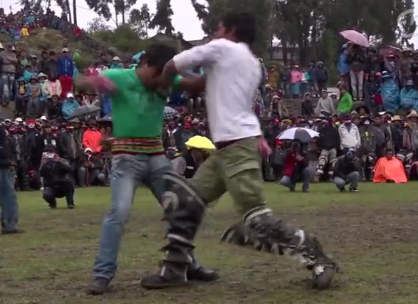 この日だけは無礼講!! ペルーの喧嘩祭り「タカナクイ」のシステムがいろいろ理にかなっていてイイ