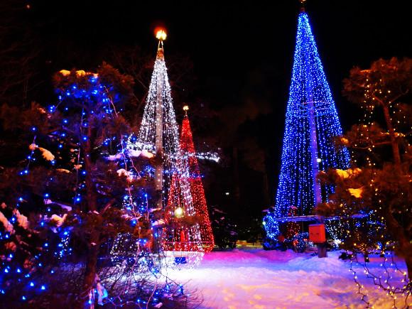 【にっぽんのQ&A】思い出してみよう、遠いクリスマス……子供のころ、サンタさんはあなたのところにどんなふうに来ましたか?
