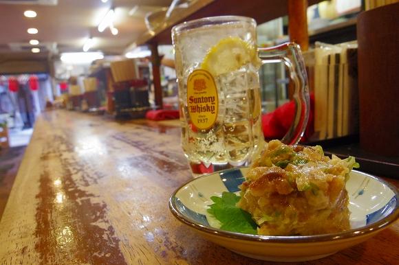 【午前7時の酒場レポ】飲兵衛のメッカ上野の立ち飲み屋「たきおか」でモーニングハイボールを