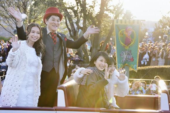 TDLで「アナとエルサのフローズンファンタジー」がスタート! 松たか子さんら出演陣がサプライズ登場で会場大盛り上がり♪!