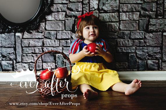 白雪姫、シンデレラ、アリス…ディズニー・プリンセスの衣装を真似た子ども服がキュート!! 日本への発送もOKだよー!