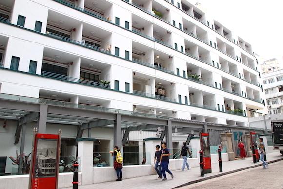 【香港の新スポット】警察官宿舎を改装した「PMQ元創方」! お土産には新進気鋭のクリエイター作品を