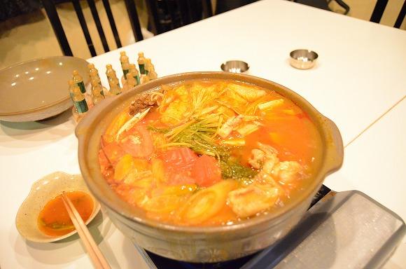 【激辛グルメ道 Vol.2】タバスコ20本を使って「タバスコ鍋」を作ってみた / 極悪な酸味に激辛マニアもギブアップでござる!