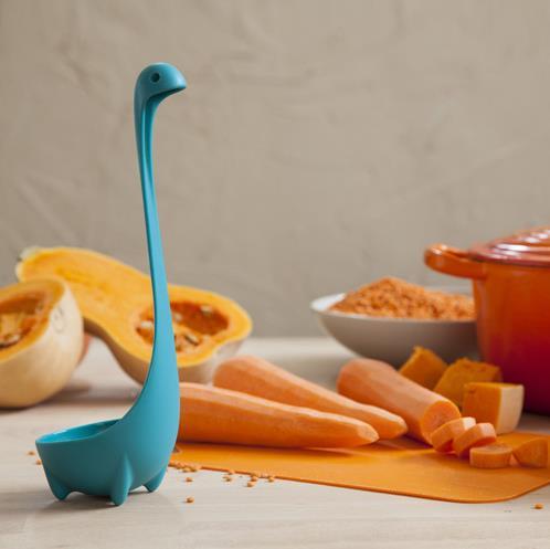 【かわいい生活】お鍋の中からひょっこりっ!! ネッシーのおたま