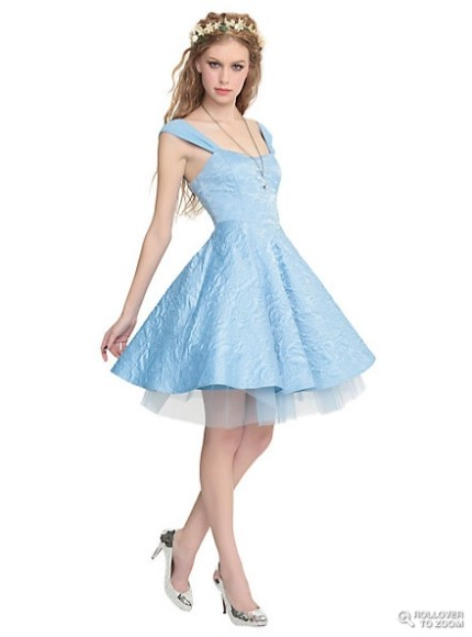 ロックテイストのシンデレラ! 映画『シンデレラ』とアメリカのファッションブランドがコラボしたアイテムがセクシーでカッコ可愛い!