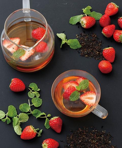 【期間限定】イチゴの香りの春紅茶♪ 「アフタヌーンティー・ティースタンド」の新作ブリュードティーがとても華やかです!