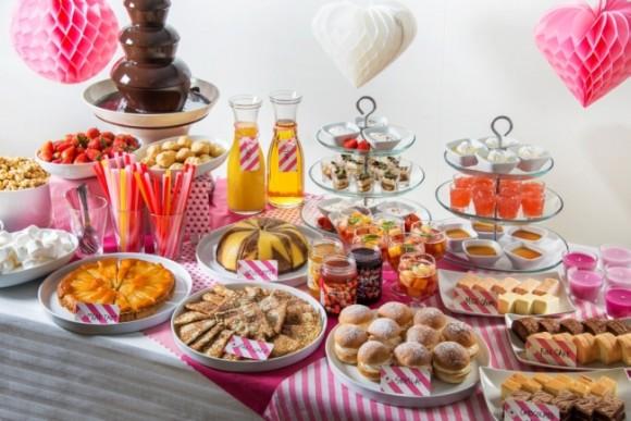 イケアがワンコインのスイーツビュッフェ開催! スウェーデンの伝統菓子やチョコレートファウンテン、ケーキなどを好きなだけ楽しんじゃおう☆
