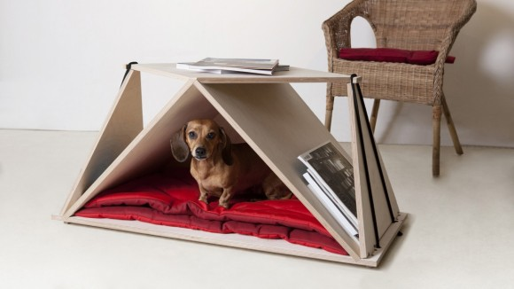 テーブル+ケンネル(犬小屋)!! 飼い主とワンコの距離がもっと縮まりそう!