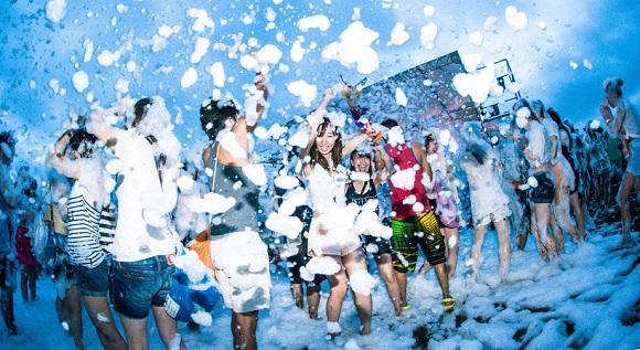 【2月12日13時〜追加募集】わずか1日で1万人がエントリー! 「泡パ」とコラボしたランニングイベント「バブルラン」がめちゃ楽しそう!