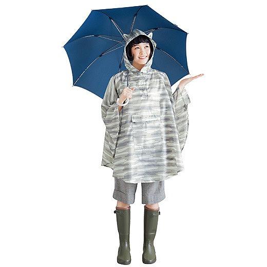雨の日が楽しみになりそう! フェリシモ猫部のニャンコになれる耳付き「レインポンチョ」がかわいいニャン♪