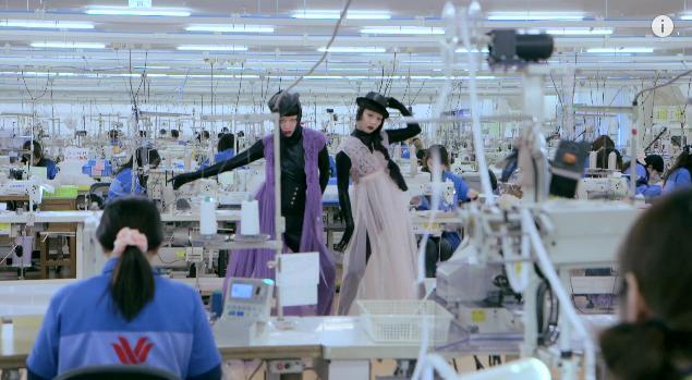 ランジェリーをモードに! 注目ダンスユニットAyaBambiが「WACOAL」×「Numéro TOKYO」×「ファッション通信」とコラボ&特別ムービーを大公開