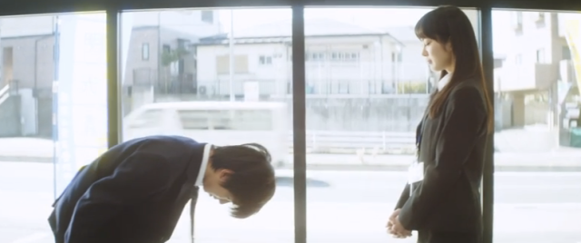 【感動】明光義塾のショートムービー「紙を破く少年」が泣けると話題に