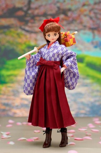 『はいからさんが通る』の紅緒さんが人形に! 細部まで忠実に再現&着せ替え可能…これは2種とも欲しいですっ!!