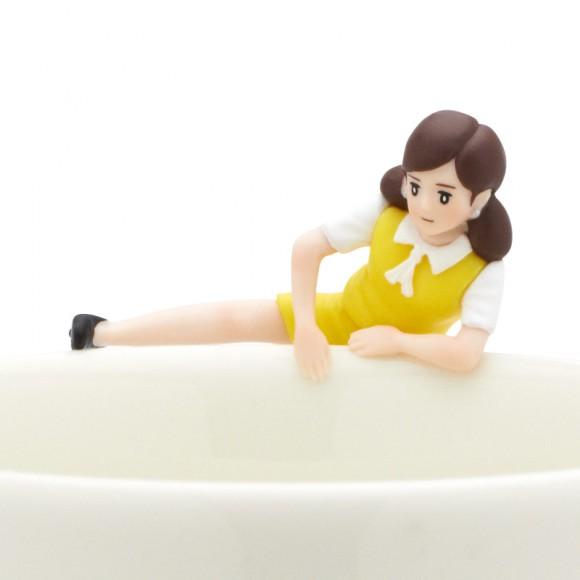 コラボ女王・フチ子さんの次なるお相手は「ロフト」! 同店限定「ロフトのフチ子さん」幸せの黄色い制服を身にまとって登場♪