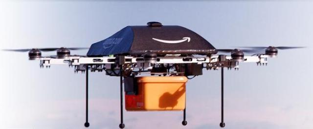 【ネットで話題】ハンパない未来感! 無人航空機ドローンがAmazonの荷物を配達する日がやってくる!?