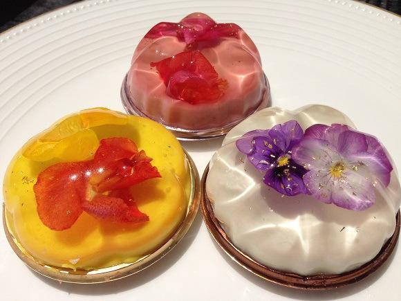 これは美しいッ! 華やかな「花のババロア」見た目も味も保証済み!
