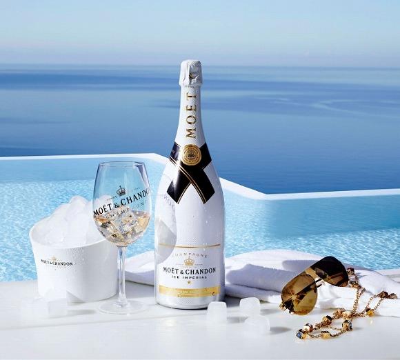 夏季限定のモエ・エ・シャンドンが優雅すぎて失神するレベル / 世界で唯一の「氷を浮かべて完成するシャンパン」