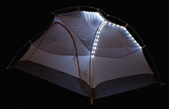 アウトドアや夏フェスにもってこい! LEDライトがついたテントがキラッキラで便利そうです♪
