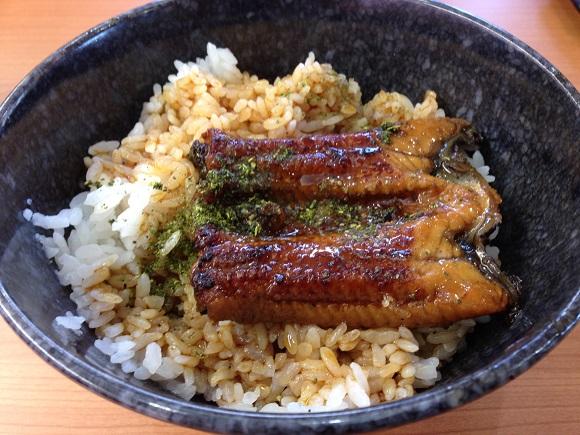 【意外な穴場】これなら手が届く! 「くら寿司」のうな丼がコスパ良すぎだった!