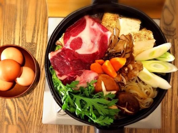 シカやイノシシより10倍ウマいって!? 「ムジナ(穴熊)の肉」すき焼き専門店が渋谷にオープン予定!