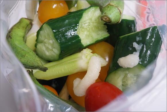 【夏のおつまみ】わさび派? からし派? それともニンニク派? 「薬味&ポン酢」で夏野菜を漬けまくろう!