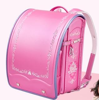 買えるのは「東京ディズニーリゾート」でのみ!! プリンセスやミッキー、ミニーがモチーフの超プレミアムなランドセルがあるって知ってた?