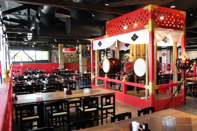 「武田信玄」をテーマにした本格戦国レストランが富士急ハイランドにオープン! 「ほうとう」などの地元・山梨グルメを堪能できるよ