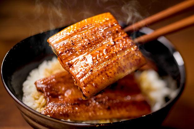 【朗報】ファミレス「ガスト」の「うな丼」999円がおいしそう!! 数量限定・完売次第終了なので急ぐべし!