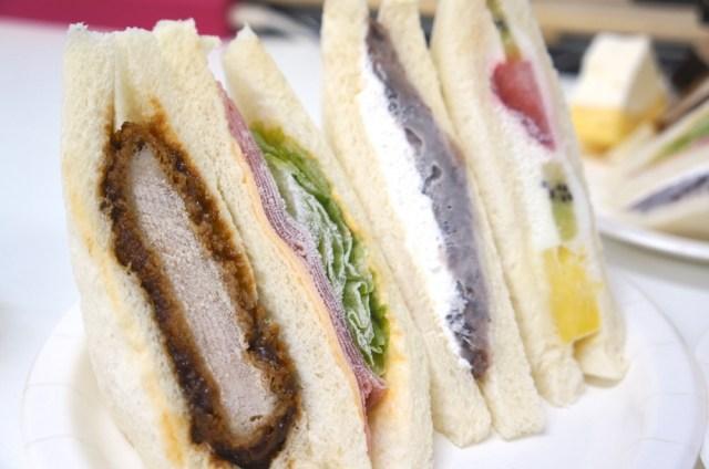 【実証・ウワサのグルメ】元喫茶店員がオススメする『冷凍サンドイッチ』…ってホントに美味しいの? 色んなサンドイッチで試してみたよ!