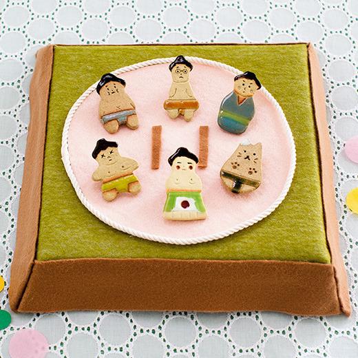 すもうLoveな「相撲女子(スージョ)」に向けた新アイテム!! フェリシモから陶器製の力士ブローチ&ミニスタンプのセットが登場したよ!