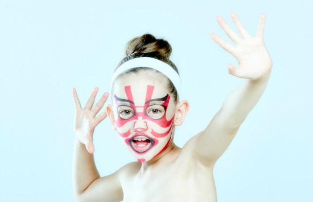あの超人気「歌舞伎フェイスパック」にキッズサイズが誕生したよ! 親子で歌舞伎ごっこを楽しめるとか胸が熱くなる…