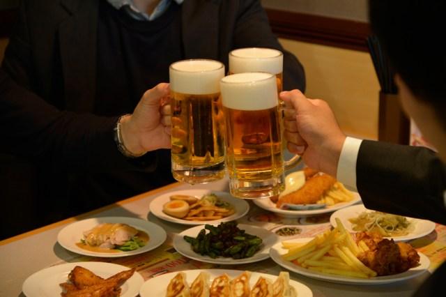 500円あれば幸せに… ひとり飲みの味方、ガストのポテトパーティ&ハッピーアワーサービスの合わせ技が神すぎる!!