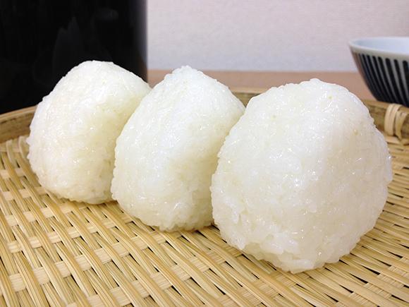 【災害対策】台風などで電気やガスが使えない時に……日本赤十字社が「ポリ袋でご飯を炊く方法」を紹介しているよ!