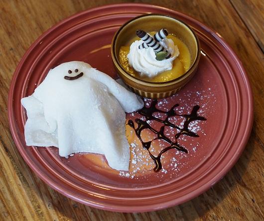 ハロウィンでお役立ちの「東急ハンズ」のハンズカフェに「おばけケーキ&ゾンビラテ」など限定スイーツや新メニューが登場するぞぉ~!!