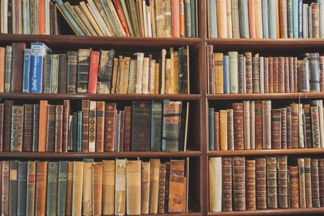 """【わくわく】完全閉鎖された空間からあなたは抜け出すことができるか!? この秋 """"夜の図書館"""" で脱出ゲームが開催されるよ~!"""