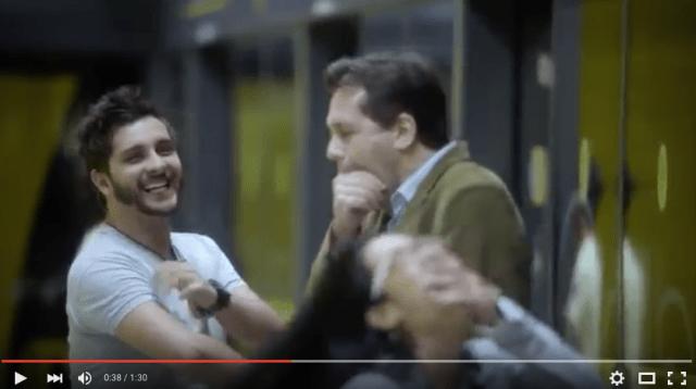 その場にいる人たちが次々とアクビしていく……なぜか「アクビが出てしまう」不思議な駅がブラジルに出現!!