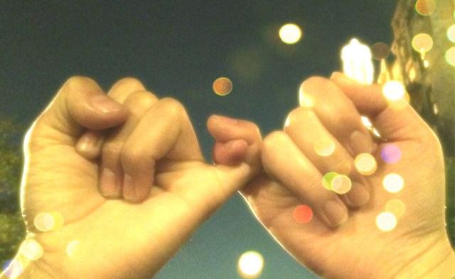 【今日は何の日?】10月30日は「初恋の日」です♪ 初恋の甘酸っぱいトキメキを思い出してみてはいかが?