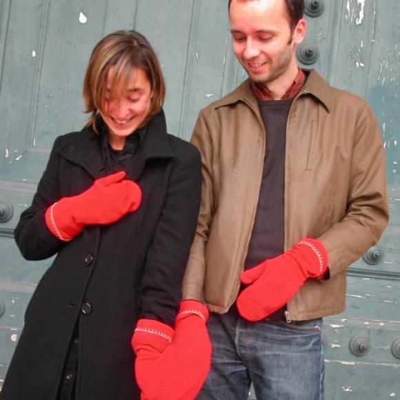手もココロもラブラブに!! 大好きな人と手をつなげる「恋する手袋」であったかい冬を♪